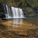 Водопад - невероятна природна фотография